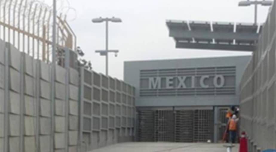 Entering Tijuana1